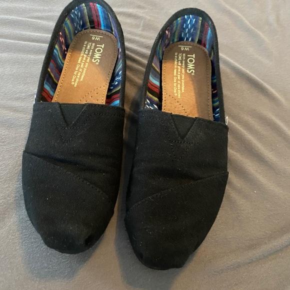 Toms Shoes   Womens Size 6   Poshmark